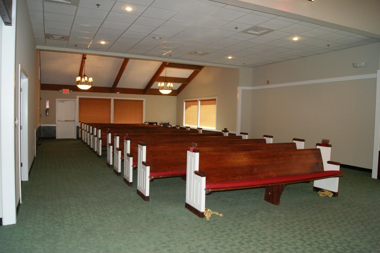 Higgins LaGrange Chapel Funeral Home - Photo gallery